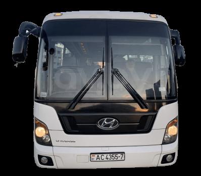 Стекло лобовое (два раздельных) для Hyundai Universal Space Luxury