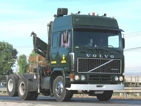 Стекло лобовое панорамное для Volvo F12